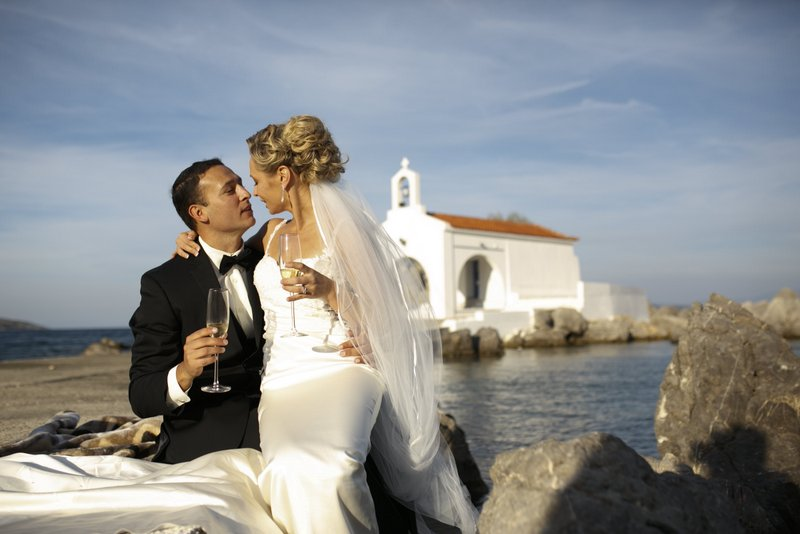 The best wedding locations in greece joanna loukaki for Popular wedding registry locations