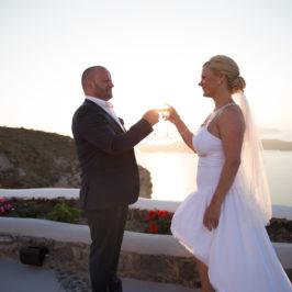 Destination wedding etiquette tips