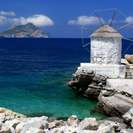"Amorgos wedding: ""The Big Blue"""