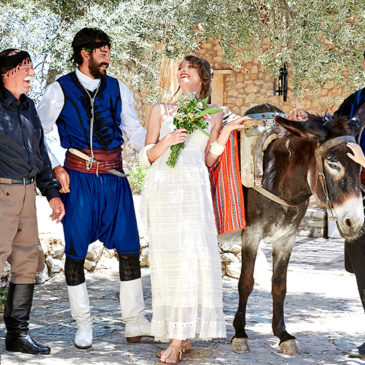 Crete weddings: Cosmopolitan and traditional